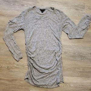 Longer, long sleeve maternity shirt
